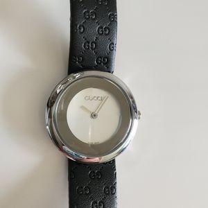 Gucci GG Timeless Watch